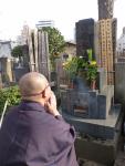 墓前にて新年の挨拶